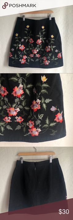 bcc6c1c4ae TOPSHOP    embroidered floral canvas skirt black cotton canvas mini skirt  with embroidered leaves and