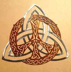 Celtic Trinity Knot Peace Sign Wall Art by RustyRoosterMetal Triquetra Celtic Patterns, Celtic Designs, Celtic Tattoos, Star Tattoos, Celtic Knot Tattoo, Wing Tattoos, Celtic Arm Tattoos For Guys, Trinity Knot Tattoo, Maori Tattoos