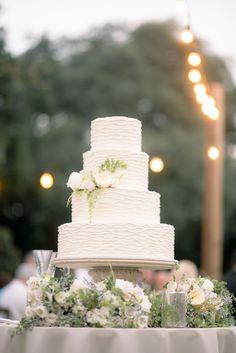 Photography: Tim Willoughby - www.timwillphoto.com  Read More: http://www.stylemepretty.com/2014/12/17/romantic-charleston-fall-wedding/