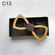 Novelty Solid Good Wood Bow Tie For Men Classic Wood Bowties Neckwear Creative 3D Handmade Butterfly Wood Tie Gravata