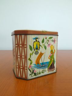 Vintage Made in Great Britain tin metal tea box by oldtytown