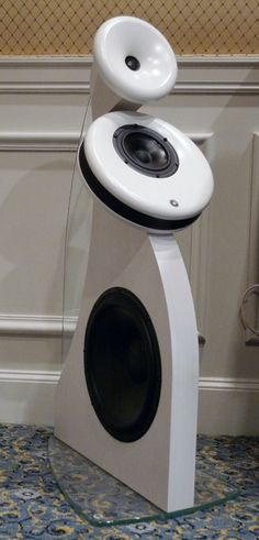 Awesome looking speaker, and they probably sound great too!