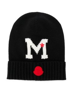 Moncler Kids is the go-to for luxurious kidswear and preppy inspired staples. This black and white virgin wool M knitted beanie from Moncler Kids features a front logo patch and an upturned brim. New Sign, Knit Beanie, Moncler, Brand You, World Of Fashion, Luxury Branding, Kids Girls, Preppy, Knitted Hats