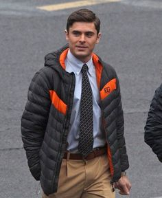 Zac Efron in Scenes from the 'Dirty Grandpa' Set