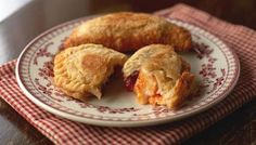 Hairy Bikers Brie and tomato chutney turnovers. These simple pies are fried in a little oil rather than being baked, which makes them deliciously crisp and golden. Serve warm with a green salad. Brie Cheese Recipes, Turnover Recipes, Tomato Chutney, Baked Brie, Oven Baked, Easy Pie, Appetisers, Cooking Time, Kitchens