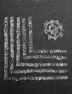 Motiv Tekstil fra Gokstad funnet (skibet), tekstilstk./gulltråd og gulltrådene (største diameter 30 mm) Tid/Periode Vikingtid Sted Norge, Vestfold, Sandefjord, Gokstad Bestillingsnr Cf15809 Lisens CC BY-NC-ND 3.0