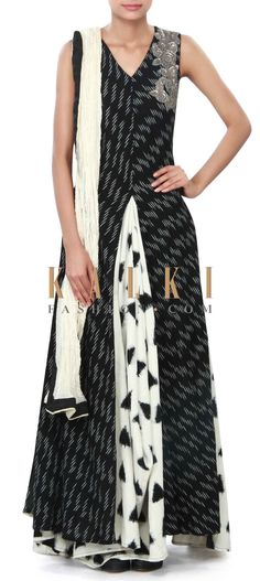 White and black anarkali suit enhanced in weave embroidery only on Kalki Black Anarkali, Anarkali Suits, Indian Dresses, Indian Outfits, Ladies Suits Indian, Trendy Kurti, Indian Bridesmaids, Salwar Designs, Country Fashion