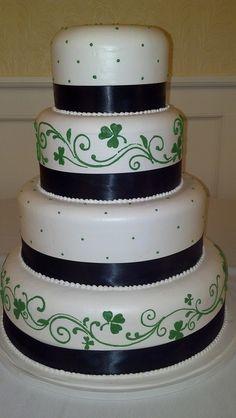 wedding cakes on pinterest irish wedding cakes celtic. Black Bedroom Furniture Sets. Home Design Ideas