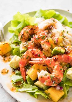 This Prawn, Mango and Avocado Salad with Noodles is perfect for balmy summer days. Great no cook meal! www.recipetineats.com Thai Prawn Salad, Prawn And Avocado Salad, Avocado Toast, Prawn Pasta, Mango Salad, Prawn Dishes, Seafood Dishes, Seafood Recipes, Cooking Recipes