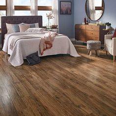 Apple Wood smooth laminate floor. Caramel color, apple wood finish, 10mm 1-strip plank laminate flooring, easy to install, PERGO lifetime warranty.