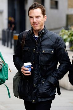 Benedict Cumberbatch Will Read Richard III Poem at Reburial Ceremony: Photo Benedict Cumberbatch enjoys a small cup of coffee while arriving at BBC studios on Wednesday (March in London, England. Tom Hiddleston Benedict Cumberbatch, Benedict Cumberbatch Sherlock, Sherlock Holmes, Benedict Cumberpatch, Daniel Craig, Look Fashion, Mens Fashion, Winter Fashion, Most Stylish Men