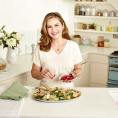 Liz Earle's best recipes for a healthy gut Raw Food Recipes, Cooking Recipes, Healthy Recipes, Healthy Food, Health And Nutrition, Health Fitness, Recovery Food, Superfood Salad, Soul Food