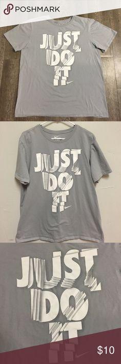 Nike gray t-shirt Nike gray XL t-shirt Nike Shirts Tees - Short Sleeve