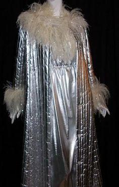 Odette Barsa silver metallic and marabou peignoir set, Dorothea's Closet Vintage archives Metal Fashion, Vintage Fashion, Funky Fashion, Tea Gown, Vintage Nightgown, Peignoir, Vintage Lingerie, Vintage Outfits, Vintage Clothing