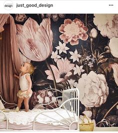 Kids room with amazing floral wallpaper. Such a beautiful nursery!