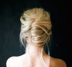 This French twist hairstyle is super easy to DIY.