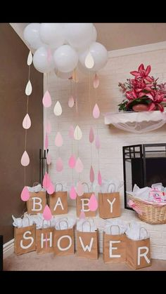 24 insanely cool baby shower decoration ideas - HomeDesignInspired - this is . - 24 Insanely Cool Baby Shower Decoration Ideas – HomeDesignInspired – This is a very important a - Decoracion Baby Shower Niña, Idee Baby Shower, Baby Shower Prizes, Baby Shower Gender Reveal, Cloud Baby Shower Theme, Baby Shower Goodie Bags, Baby Shower Balloon Ideas, Baby Shower For Girls, Baby Girl Babyshower Ideas