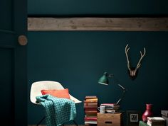 fr wp-content uploads 2015 09 Source by boucledor Living Room Decor Furniture, Bedroom Decor, Green Corridor, Interior Architecture, Interior Design, Green Rooms, Living Room Kitchen, Sweet Home, House Design
