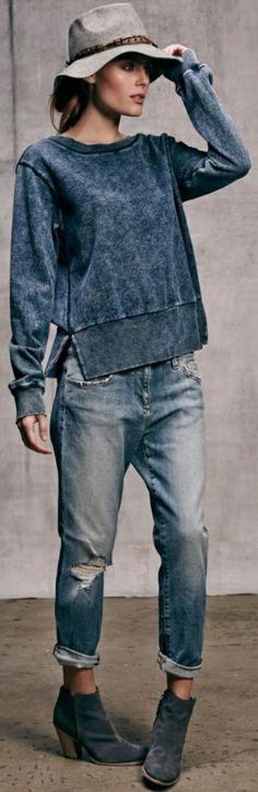 Tenue casuel avec les jeans bf