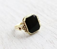 Antique 14K Yellow Gold Onyx Black Stone Ring  by MaejeanVintage, $215.00