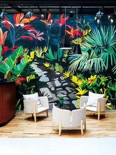 Hotel Arroyo, Buenos Aires: Un gran mural preside el bar del hotel