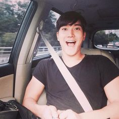 "27 sep 2014 Siwon Twitter Updated:""I love you selca stick"""