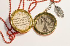 Smykke: - Oransje retro Pendant Necklace, Retro, Jewelry, Jewlery, Jewerly, Schmuck, Jewels, Jewelery, Retro Illustration