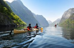 This 3 hour kayaking tour in flåm makes an ideal way to take in the magnificent fjord landscape. Read more and book your trip here!