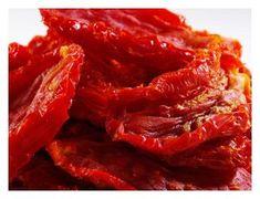 Pastasalade met zongedroogde tomaatjes Gasten op komst en weer geen inspiratie? Paniek is niet meer nodig. Deze pastasalade lust vrijwel iedereen. Makkelij