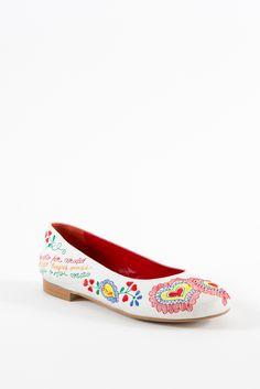 Pin de Karen Guimarães em meus sapatos em 2020 | Sapatos