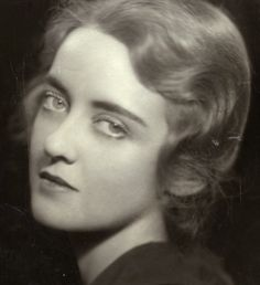 Ruth, Elizabeth (Bette) Davis was born on the 5th of April 1908 in Lowell Massachusetts, during a thunderstorm according to her autobiography. The star was inspired to become an actress at a young age after seeing Rudolph Valentino in The Four Horsemen of the Apocalypse in 1921 and Mary Pickford in Little Lord Fauntleroy