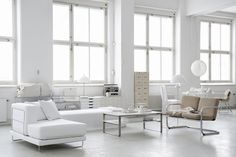 Relaxing lounge. #white #interiors
