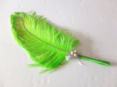Large Ostrich Feather Pen with Pearl Brooch / Green Feather Pen/ Wedding Signing Pen / Guest Book Pen / Wedding Reception Accessories