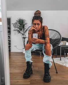 Pastel Outfit, Girl Arm Tattoos, Sleeve Tattoos, Look Fashion, Fashion Outfits, Mode Grunge, Looks Dark, Aesthetic Tattoo, Aesthetic Clothes