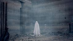 Day 4 of the 2017 Sundance Film Festival brought quite an interesting mix beginning with David Lowery, who reunited with Casey Affleck and Rooney Mara in a very unconventional ghost story. Scary Ghost Stories, Ghost Movies, Scary Movies, New Movies, Horror Movies, Movies Online, Film Online, 2017 Movies, Casey Affleck