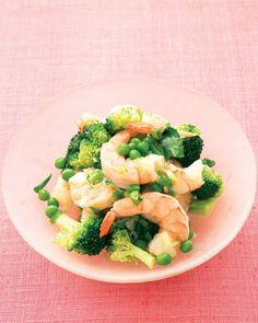 QUICK FISH AND SHELLFISH RECIPES: Lemony Sauteed Shrimp with Broccoli and Peas