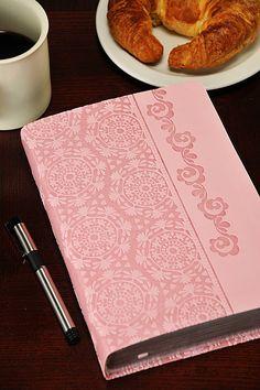 NKJV Devotional Bible for Women, Breast Cancer Edition – Celebrate Faith