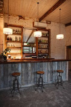 Such an awesome look for a basement bar area in my future house :)