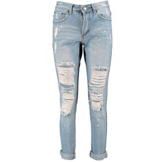 Boohoo Petite Mae Extreme Rip Jean (155 BRL) ❤ liked on Polyvore featuring jeans, pants, distressing jeans, distressed jeans, torn jeans, ripped jeans e petite jeans