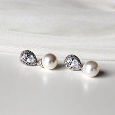 White Swarovski Pearl Bridal Earrings by DreamIslandJewellery