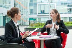 praca: Młoda kobieta biznesu, rozmowa kwalifikacyjna Zdjęcie Seryjne