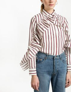 White Ruffled Sleeve Striped Shirt cotton Made by Us Length Model is wearing a size s and model's height is Fashion Models, 90s Fashion, Retro Fashion, Trendy Tops For Women, Blouses For Women, How To Wear Chokers, Tatjana Patitz, Street Style Outfits, Ruffle Shirt