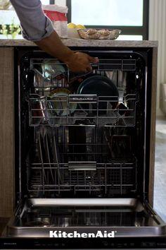 Kitchen Redo, Kitchen Pantry, Kitchen Items, Kitchen Gadgets, Kitchen Remodel, Kitchenaid Dishwasher, Small House Decorating, Kitchen Supplies, Interior Design Kitchen