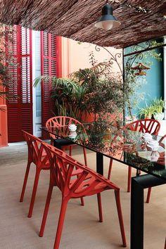 Spanish Modern   Garden Design    imagine all the beautiful gardens in Spain
