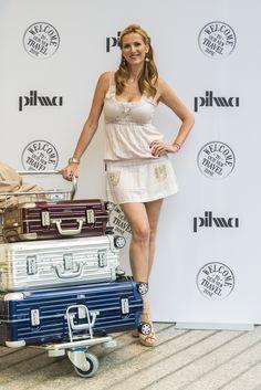 Alejandra Prat en la inaguraciónd de la nueva zona Travel de Pilma Diagonal en Barcelona.
