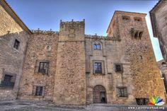 Cáceres, Palacio de los Golfines de Abajo.
