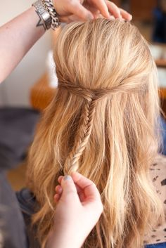 DIY hairstyles for straight hair