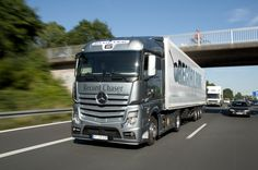 the-new-mercedes-benz-actros-at-record-run-2011-60.jpg (1280×851)
