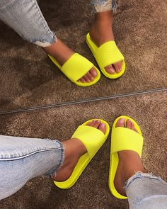 Get the best deal's on trendy styles here at Shop Official Bee. Bling Sandals, Rhinestone Sandals, Cute Sandals, Flat Sandals, Shoes Sandals, Cute Slides, Jelly Slides, Shoe Room, Lace Heels