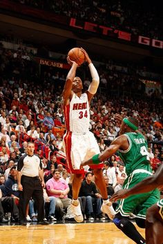 buy popular 931c4 3fa66 Among the several storylines playing out last night in Miami, Ray Allen  made his Miami Heat debut versus his former Celtics  team in a PE colorway  of the ...